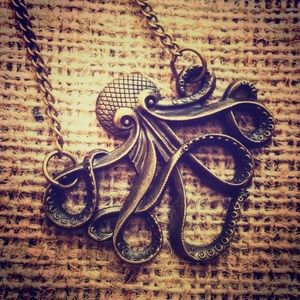 Jewelry - 🔥Sale🔥🐙Steampunk Octopus necklace.